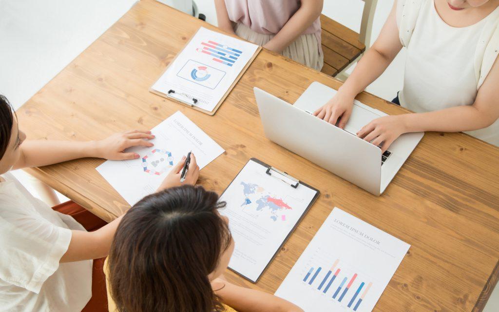 女性の管理職比率の目標と推移
